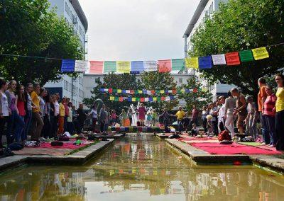Friedensplatz Oberhausen Yogakette